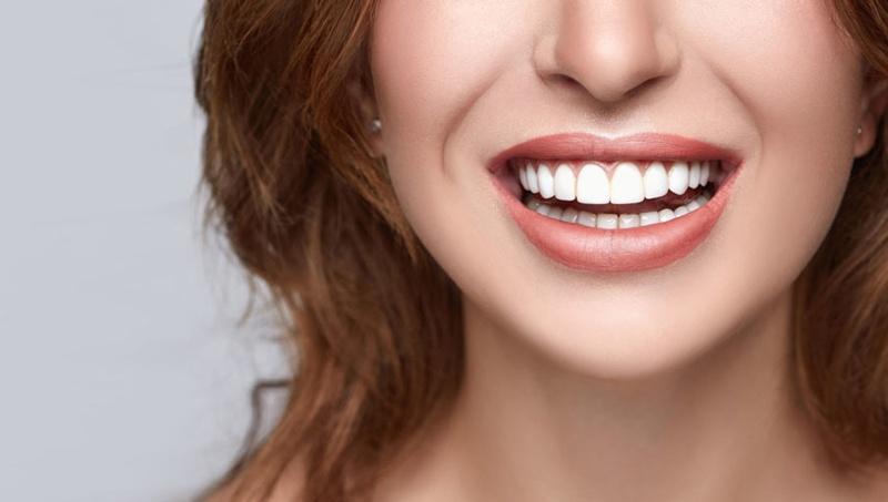 Prevent tooth sensitivity after veneers